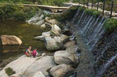 Wudangshan Lake Waterfall
