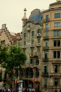 Casa Batlo from the outside.